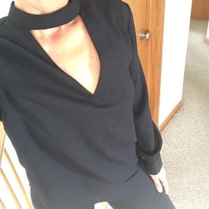 URBAN OUTFITTERS BLACK BLOUSE